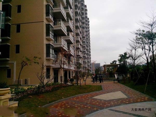 深圳龙华小产权房-福满居